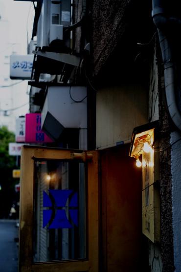Shinjuku12043035mmf2_8